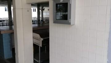 保护学生安全 韩中安装出入打卡机